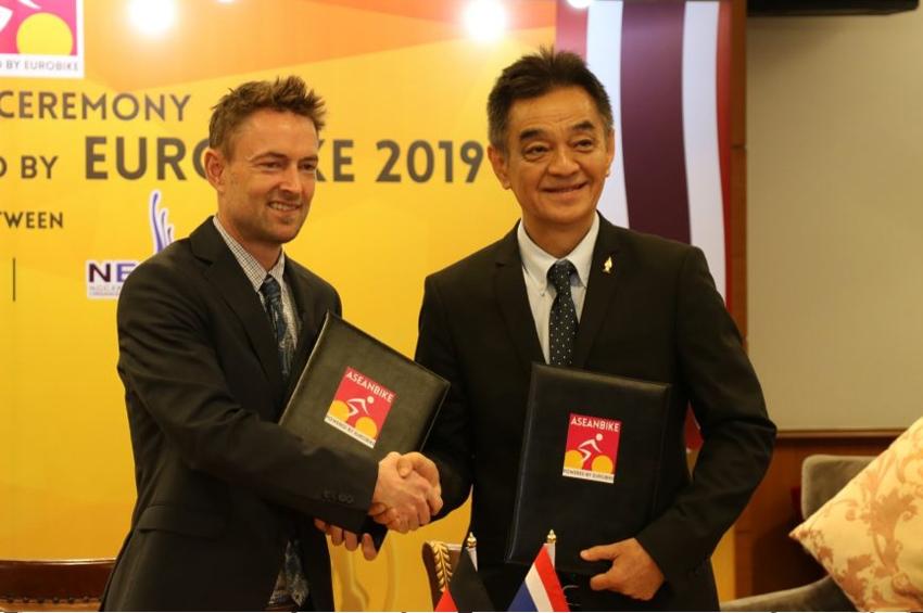 """""""นีโอ"""" ผนึกกำลัง """"EUROBIKE"""" ผู้นำจัดแสดงสินค้าจักรยานโลก จัดงาน """"ASIANBIKE 2019"""" ชี้ไทยมีศักยภาพเป็นฮับจักรยานแห่งอาเซียน"""