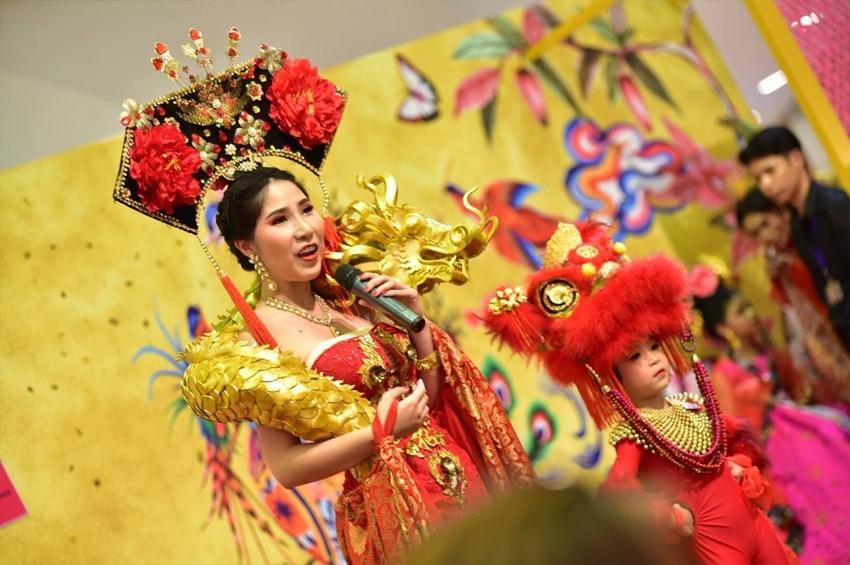 เดอะมอลล์ ชวนคู่แม่ลูกประกวดการแต่งกายสุดอลังการเทศกาลตรุษจีน