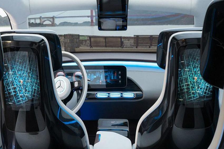 อนาคตระบบนำทางยานยนต์ เมื่อถูกแทนที่ด้วย ระบบขับขี่อัตโนมัติ และ Connected Car