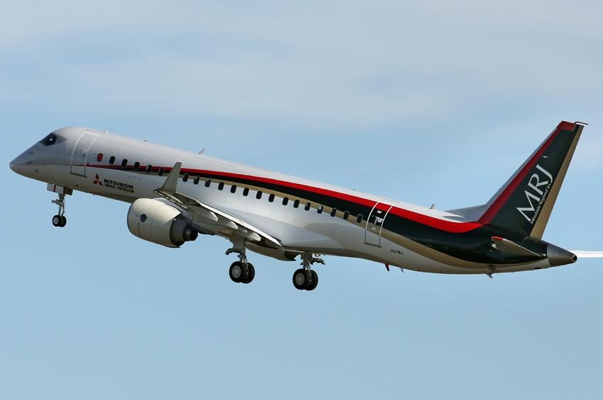 """การบินไทยพิจารณาจัดซื้อ """"MRJ"""" ตั้งเป้าดึงดูดสู่การเป็นฐานซ่อมบำรุงเครื่องบิน"""