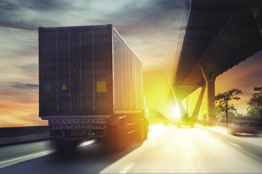 """พพ.เล็งจัด """"โครงการพัฒนาผู้ขับขี่รถบรรทุกเพื่อการอนุรักษ์พลังงานในธุรกิจการขนส่งสินค้า"""""""