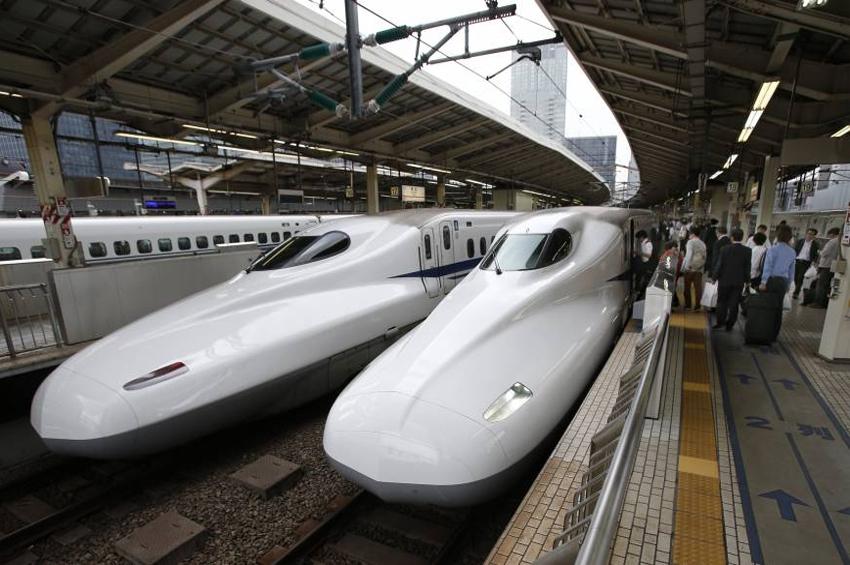 """คลังบี้ลงทุน 3 เดือน 9 แสนล้าน ดัน """"รถไฟญี่ปุ่น"""" จี้ติด """"รถไฟจีน"""""""