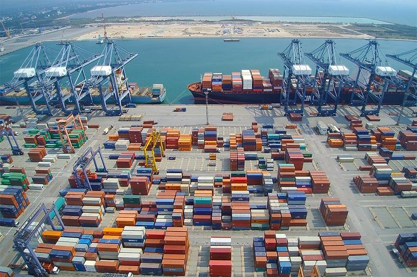 Hutchison Ports รายแรกขนถ่ายตู้ผ่านท่าเรือแหลมฉบัง ครบ 25 ล้าน TEUs