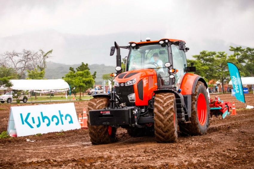 """""""คูโบต้า"""" โชว์แทรกเตอร์ขับเคลื่อนอัตโนมัติ ใช้งานง่ายเพื่อเกษตรแม่นยำสูง"""