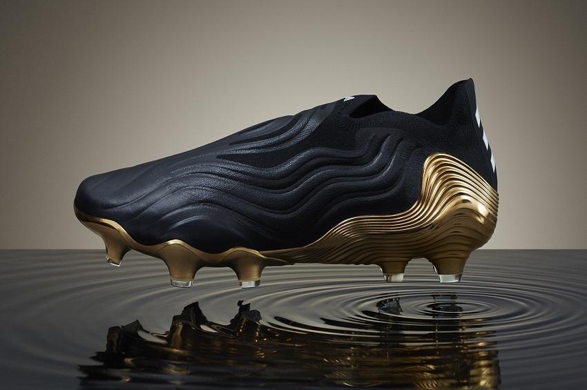 """adidas เปิดตัวรองเท้าฟุตบอล """"โคปา เซนส์"""""""