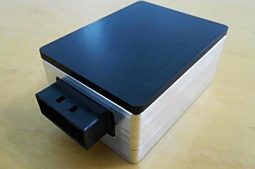 Hitachi AMS พัฒนาเรดาร์คลื่นมิลลิเมตรสำหรับวัดระยะด้านหน้า ขนาดเล็กสุดในโลก เล็งใช้ในรถอัตโนมัติ